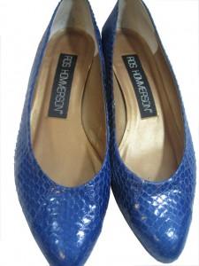 faux snakeskin vintage shoes