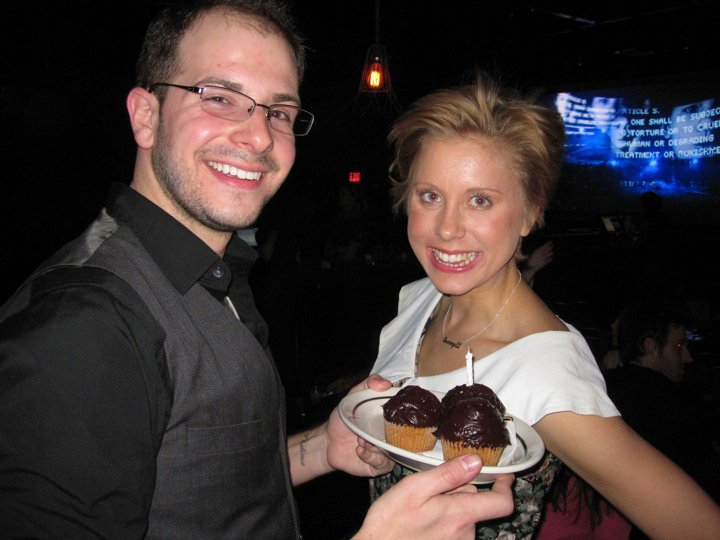 jesse north and sammy davis eating cupcakes at brooklyn bowl