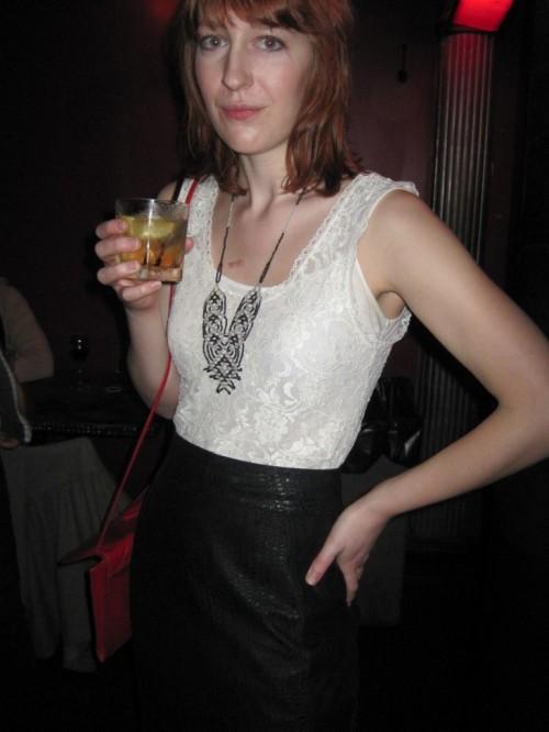 julia bartz wearing sammy davis vintage