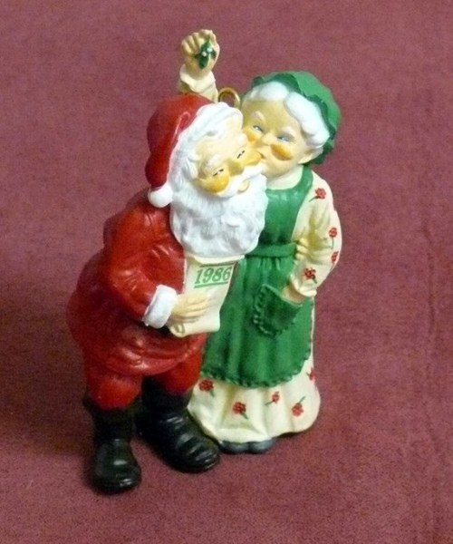 vintage christmas tree ornament santa