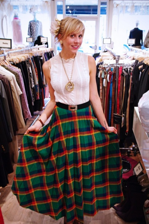 Vintage Style Inspiration: Thrifted '70s Pleated Plaid Skirt