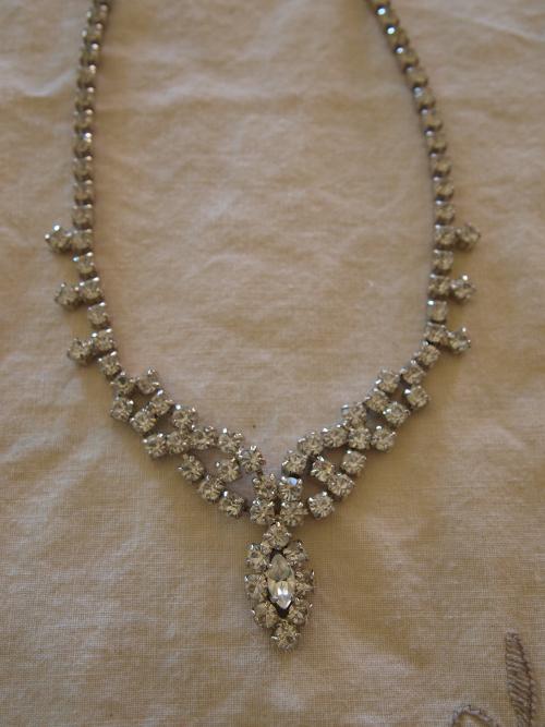 Gratefulness Giveaway: Win Vintage Costume Jewelry