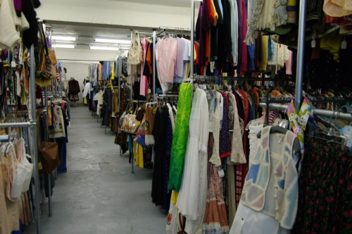womens vintage fashion warehouse