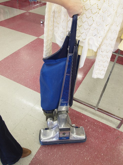 vintage vacumn cleaner