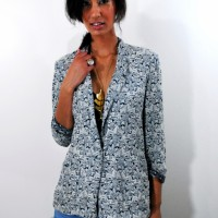 Gratefulness Giveaway: Enter to Win a Vintage Blazer & Earrings!