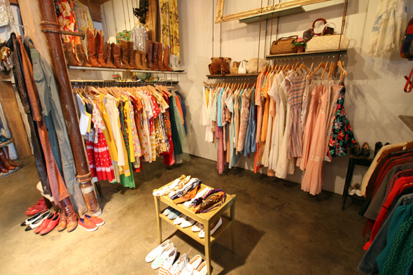 Vintage Shopping in Canada: Best Stores of Toronto ...