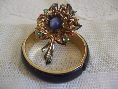 womens vintage fashion jewelry