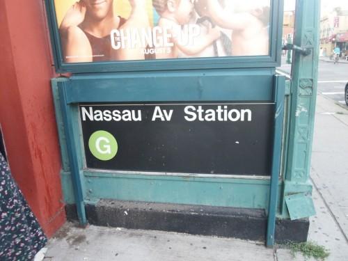Nassau Avenue Station G train