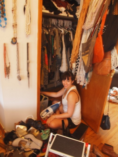 organizing room closet