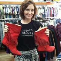 How to Shop Vintage in NYC: Behind-the-Scenes of My Special Tours!
