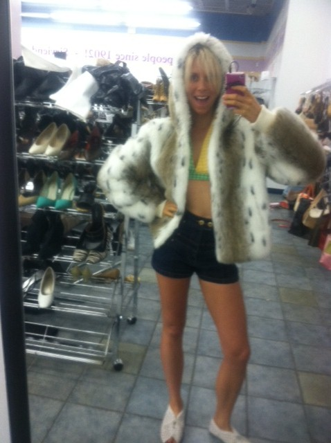 shopping thrift stores