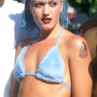 gwen stefani blue hair 90s fashion trends