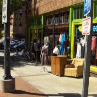 vintage fashion market store