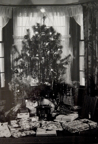 1940s christmas tree - 1940s Christmas Decorations