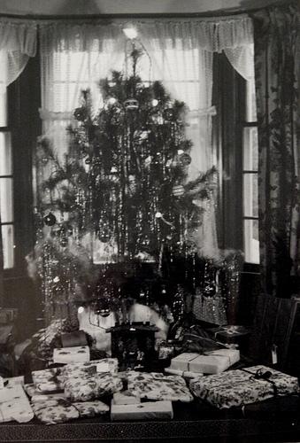 1940s christmas tree