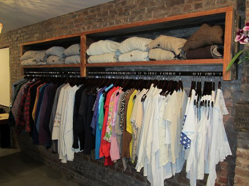 10 Careers Involving Vintage Clothing