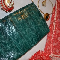 Online Vintage: Christmas Accessories from Victory Vintage Boutique