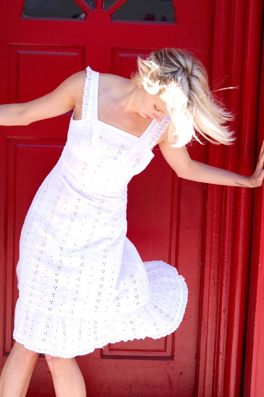 70s-White-Eyelet-Open-Back-Sundress-Long