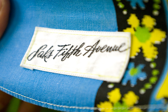 saks 5th avenue department store vintage label