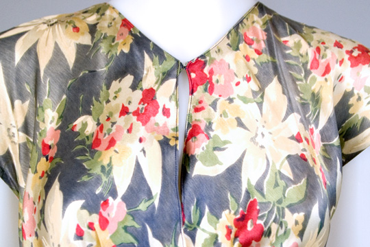 neckline of bias cut silk 1930s dress