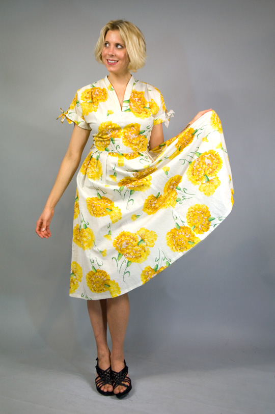 50s sunflower print dress