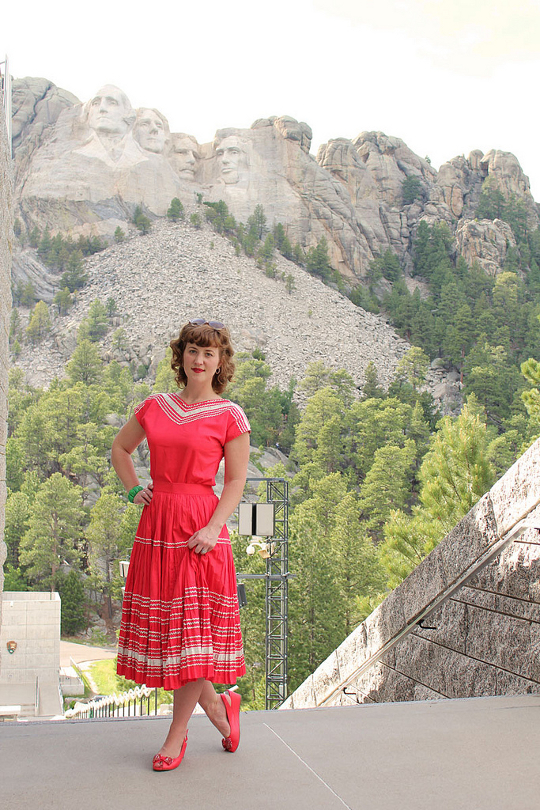 1950s square dancing dress