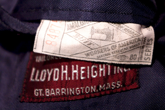 the label of a men's suit by amalgamated clothing workers of america