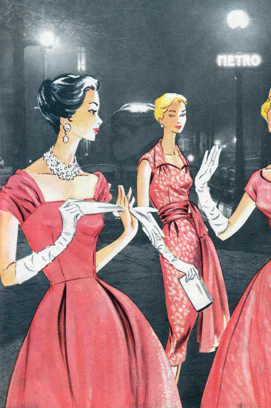 women in the '50s dressed glamorously