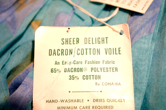 vintage clothing tag