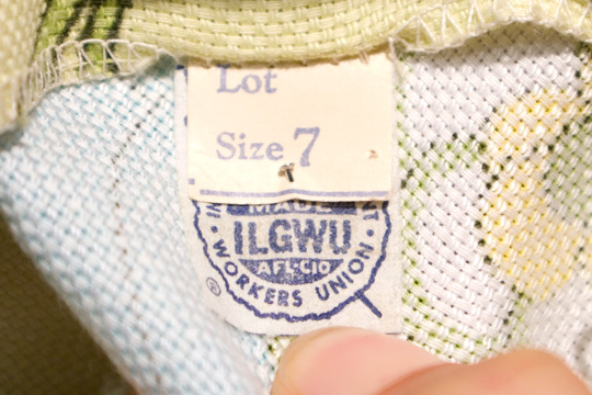 union label with junior sizing