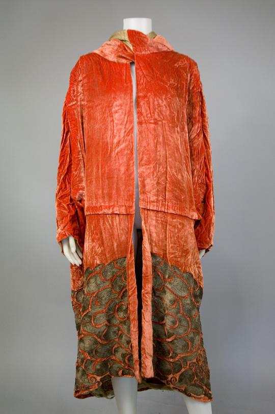 1920s velvet opera coat