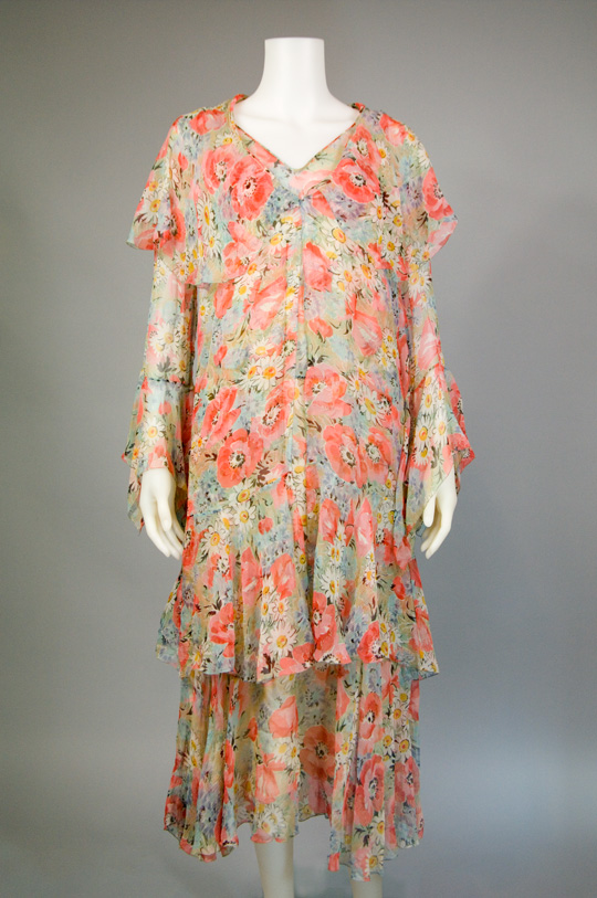 1920s tiered hem vintage dress