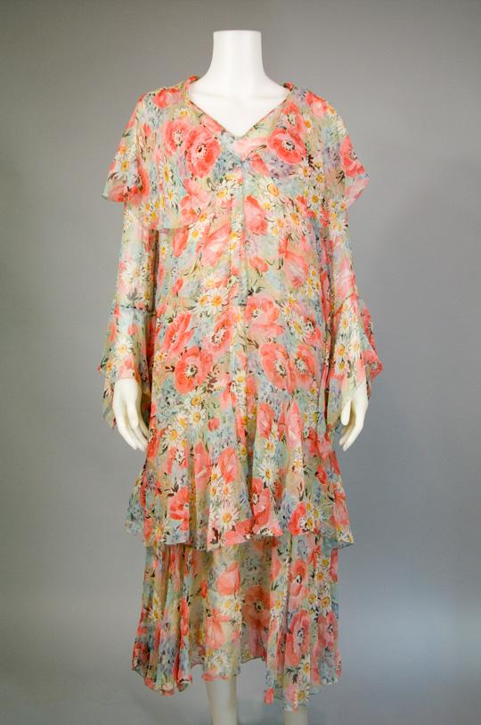 1920s tiered hem vintage dress