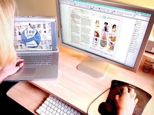 sammy davis working on her e-book on her computer