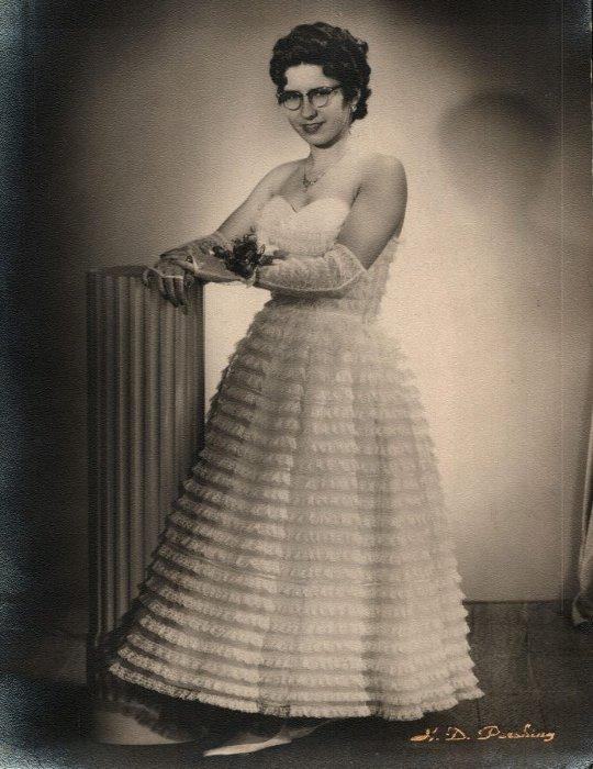 1950s vintage prom photo