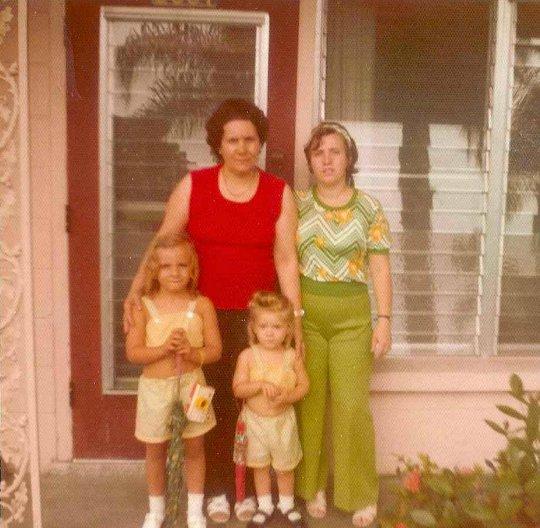 1970s fashion photo