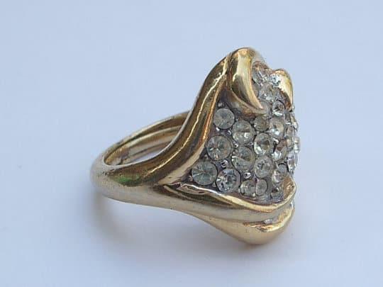 vintage-costume-jewelry-rings
