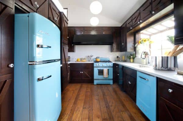 X Ways to Add a Splash of 1950's Diner to Your Kitchen