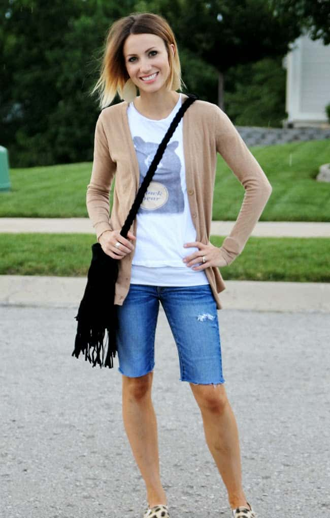 What To Do With Old Jeans? Here Are Three Options!