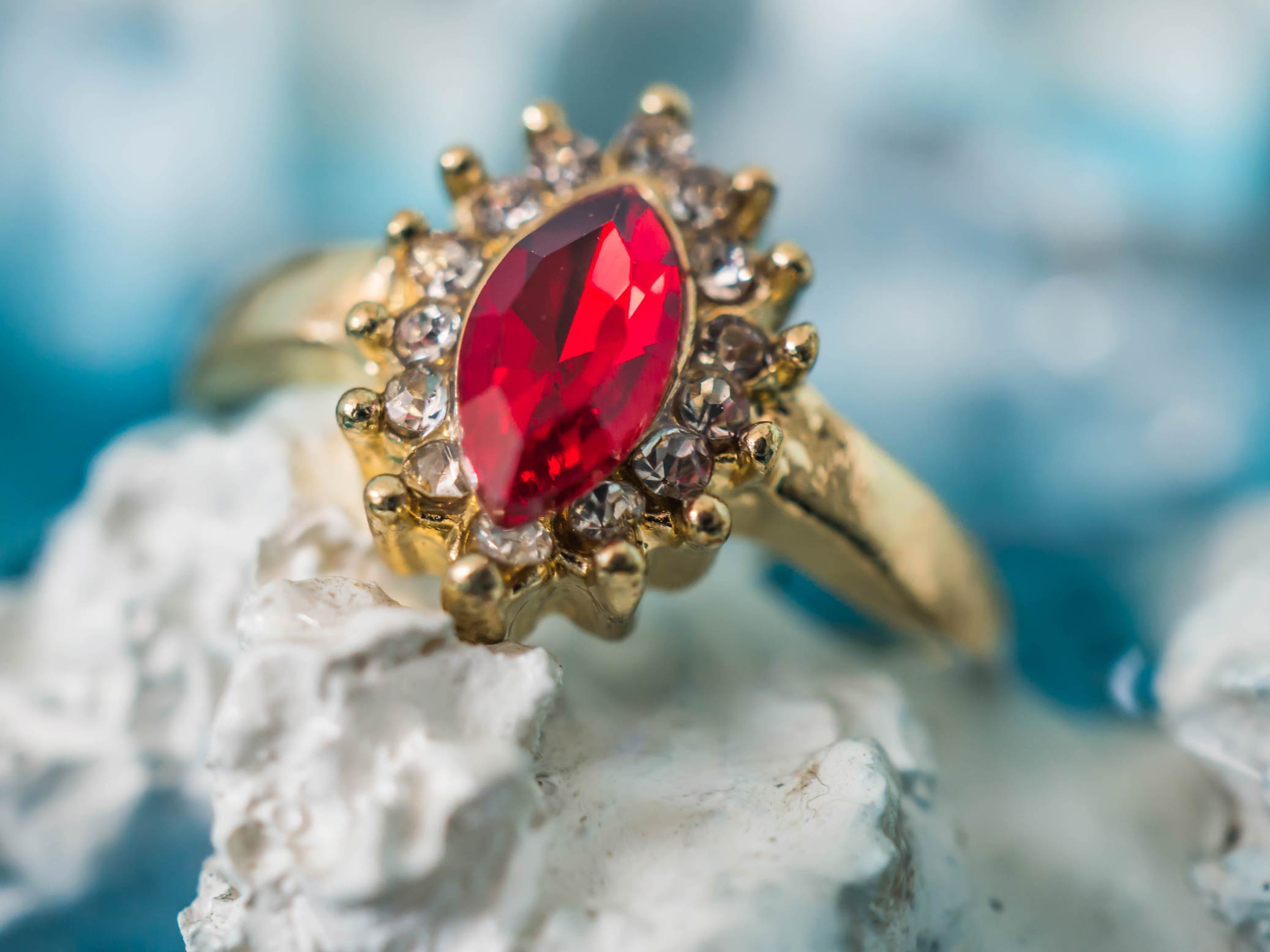 D:\Работа\SEO\GUEST POSTS\POSTS 2019\20.09.2019\Uyo Choose_A_Vintage_Engagement_Ring_to_Fit_Your_Wedding_Style\shutterstock_1073164316.jpg