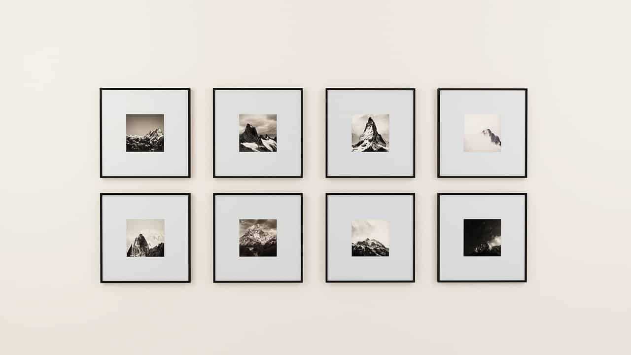 How To Put Together A Picture-Perfect Art Gallery Wall
