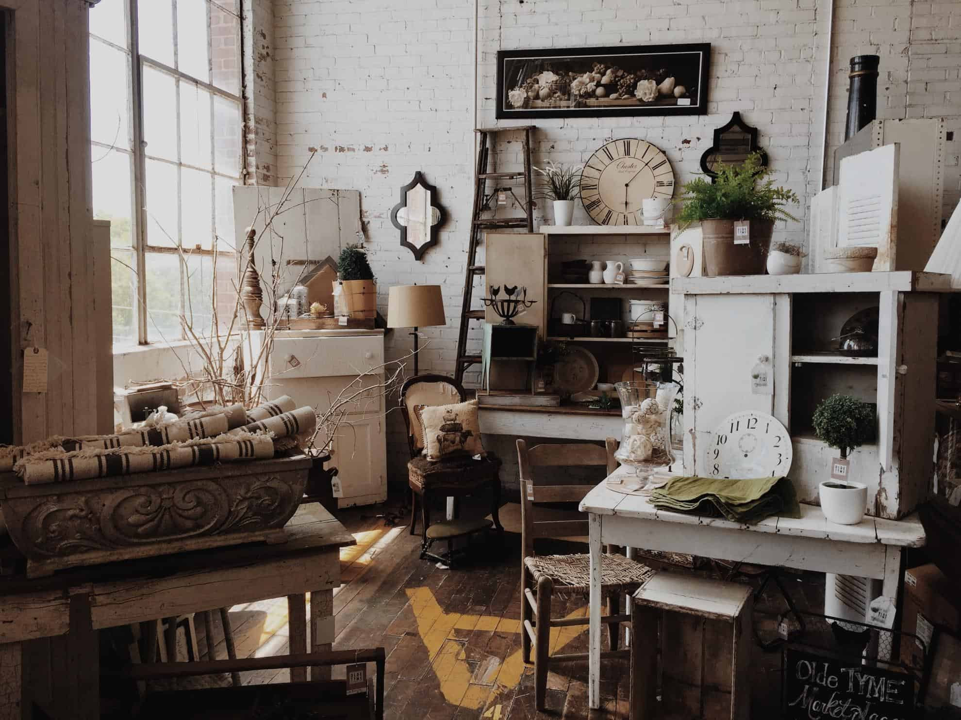 Vintage-Friendly Home Decor Ideas To Dress Up Your Space