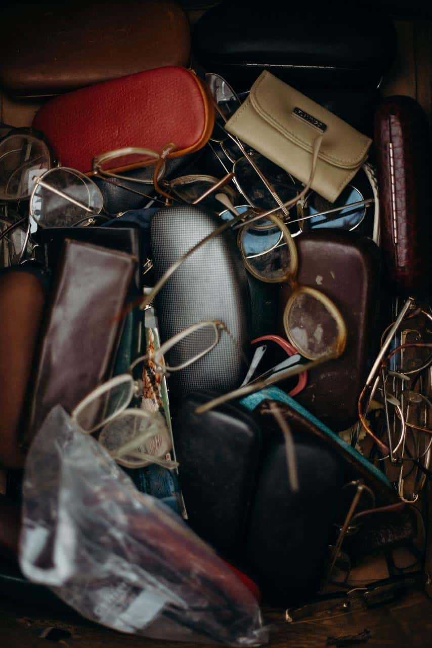 How to Style Vintage Goods for the Perfect E-Commerce Shots